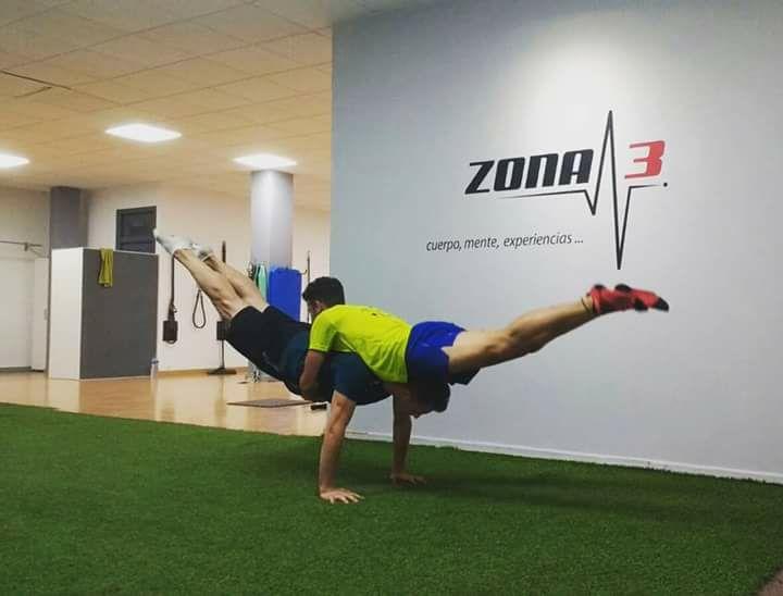 Zona3 un centro diferente con gente normal dispuesta a entrenar y divertirse