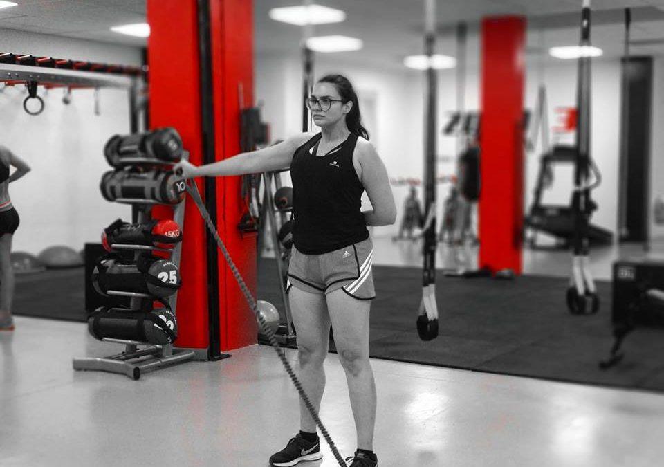 El entrenamiento con ELÁSTICOS es un sistema diseñado para entrenar al cuerpo como una cadena cinética